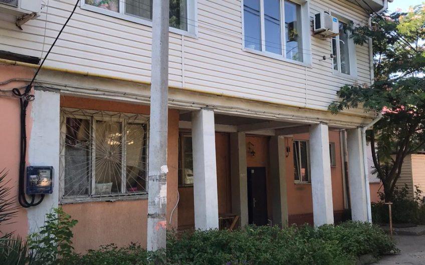 5-к квартира, ул.С.Перовской, 93 м², 2/2 эт.